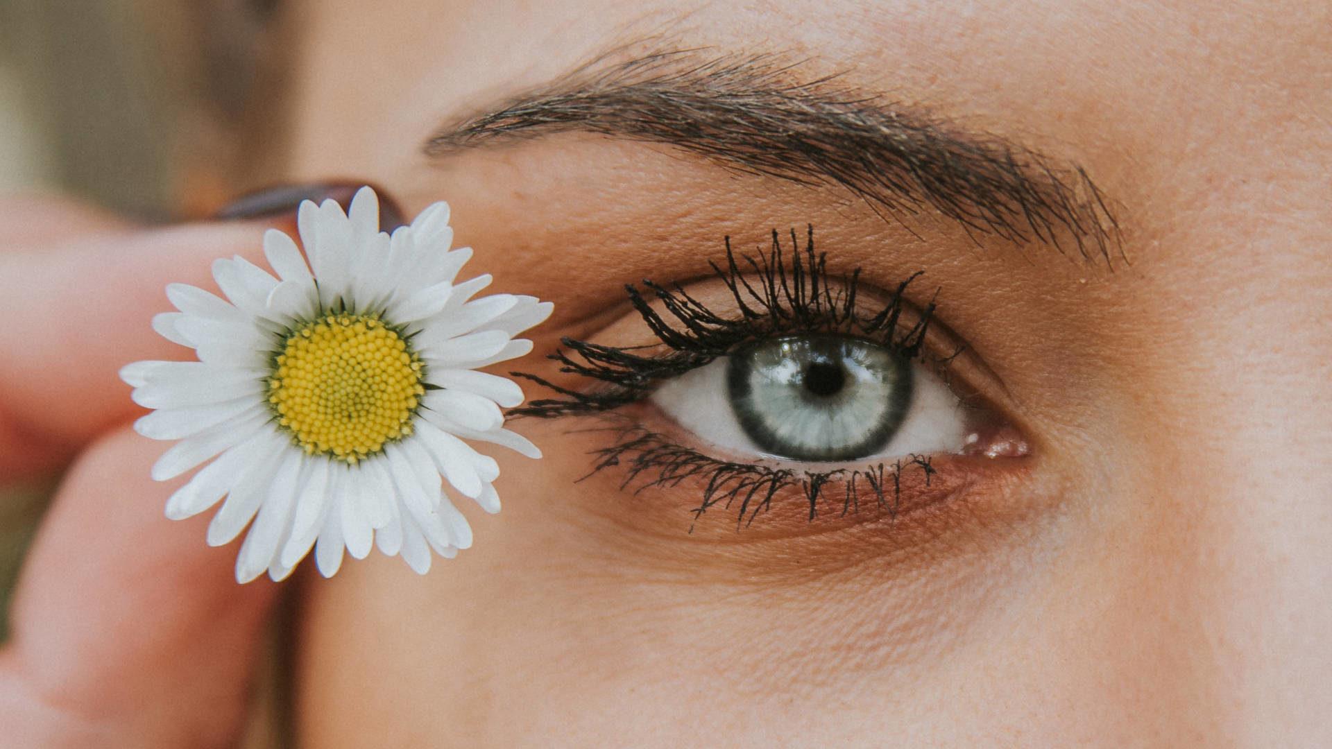Przedłużanie rzęs a problemy z oczami